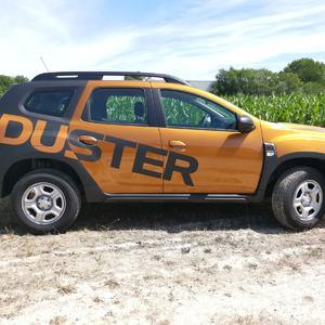 Dacia Duster Beschriftung
